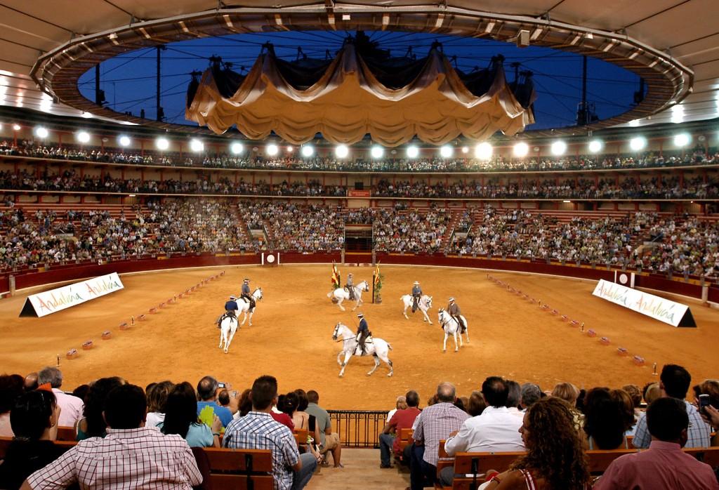 Espectaculo_Real_Escuela_en_plaza_de_toros_de_Zaragoza_01